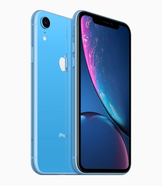sports shoes 62420 59b76 iPhone XR vs XS: A review of the differences between the two models