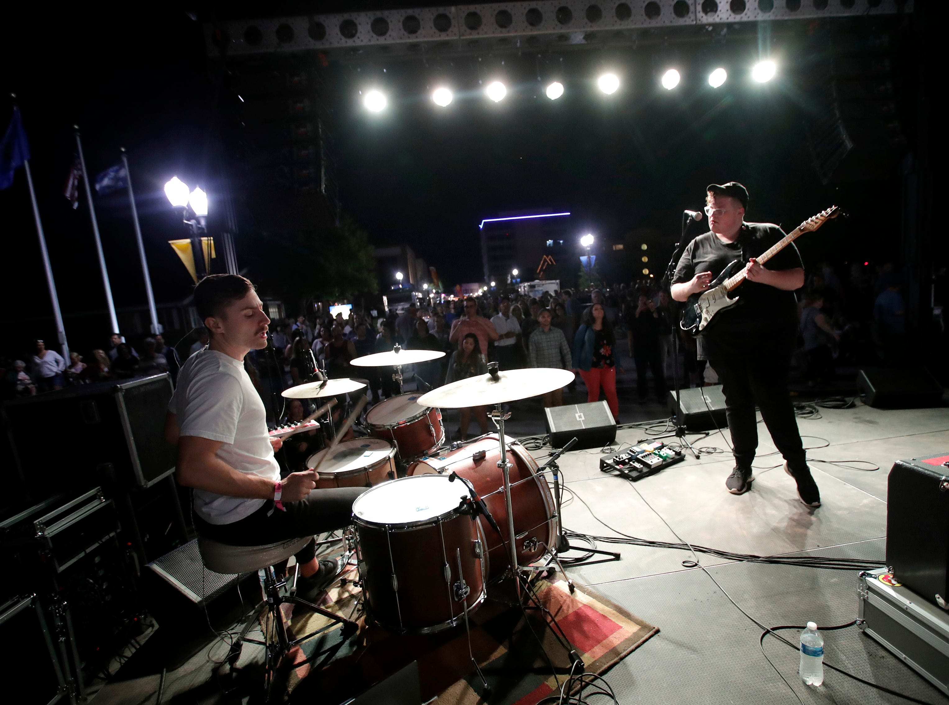 Michigander performs during Bazaar After Dark Wednesday, Sept. 12, 2018, in Menasha, Wis.Danny Damiani/USA TODAY NETWORK-Wisconsin