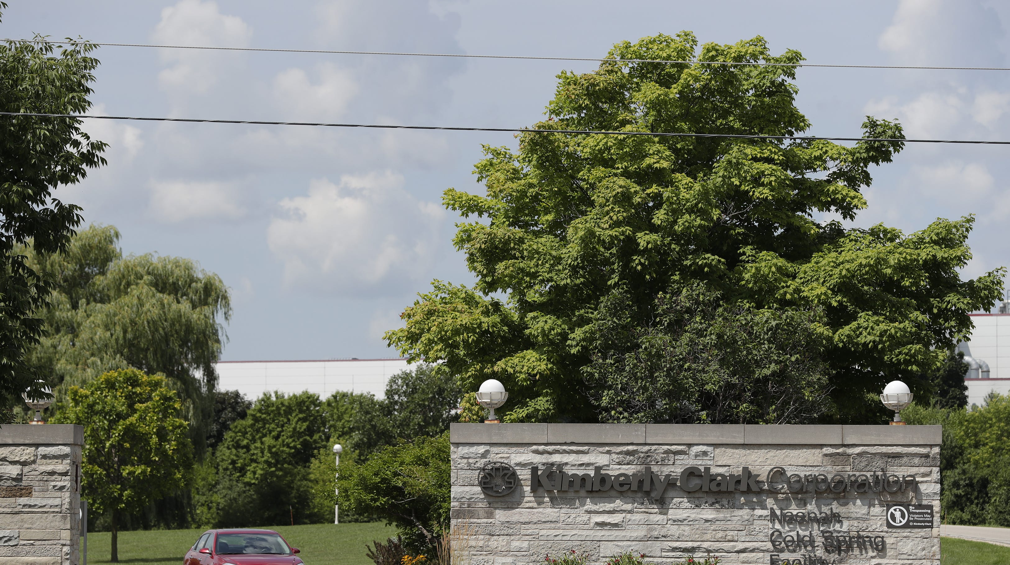 Kimberly-Clark reaction: Local mood hopeful, anxious over proposal to keep plant open