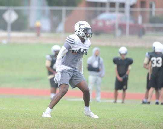 Big Spring safety Jeremiah Cooley reads a play in practice on Sept. 12, 2018.