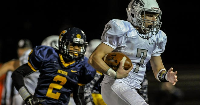 Colonia and J.F. Kennedy met in football on Friday night.