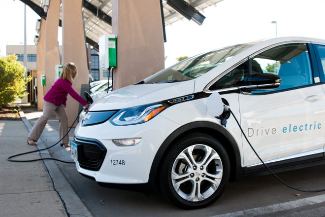 A first-of-its-kind electric vehicle charging station opens in Burlington