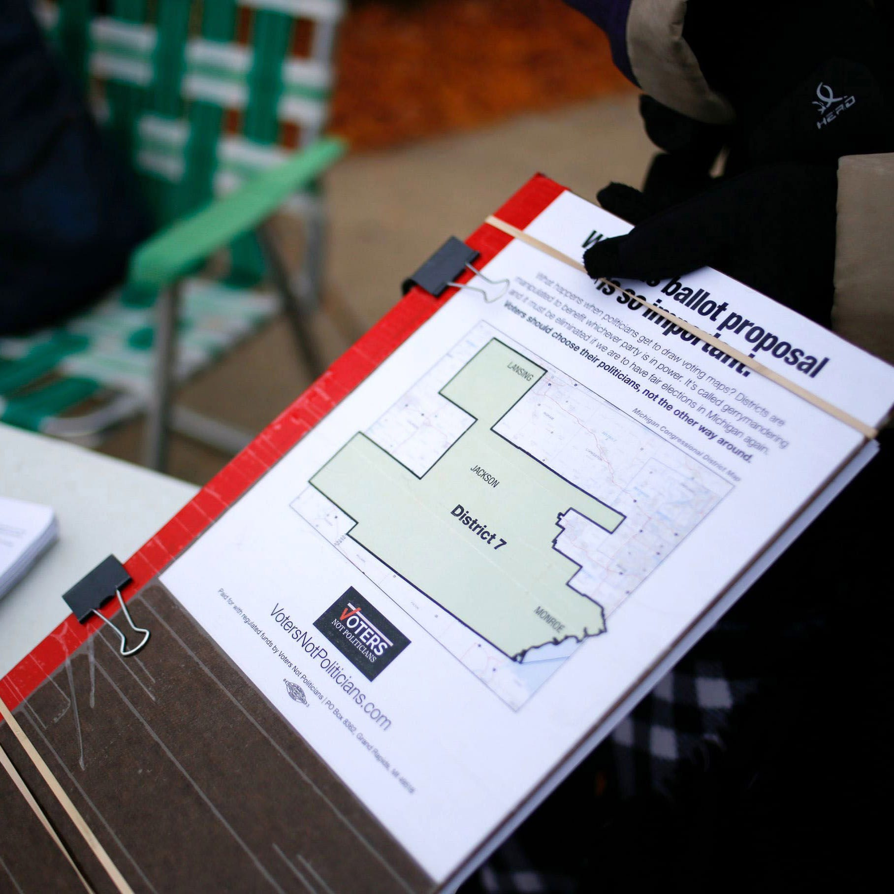 Forged signatures raise concerns about ballot petition efforts in Michigan