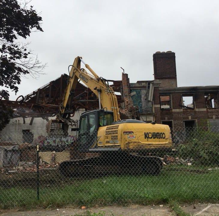 Demolition begins on legendary Kronk Gym in Detroit