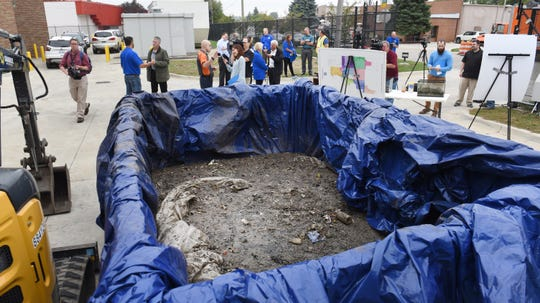 Chunks of a fatberg -- a giant blob of solid waste -- found inside a local sewer pipeline were on display during a news conference on Thursday.