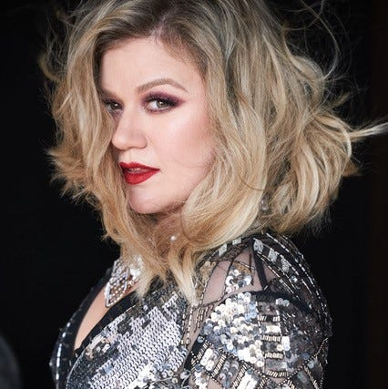 Kelly Clarkson brings Meaning of Life Tour to Greenville