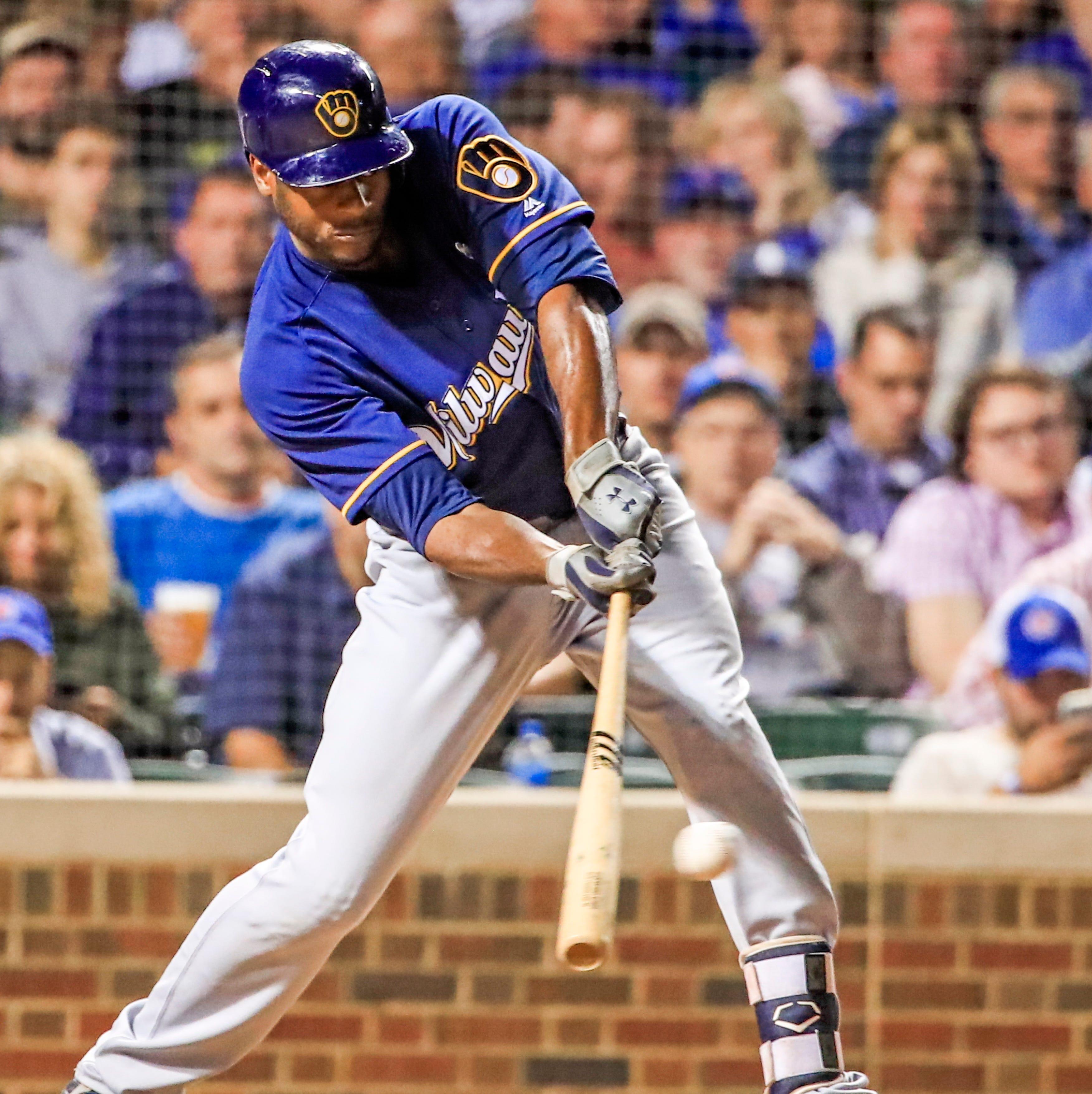 epa07016139 Milwaukee Brewers center fielder...