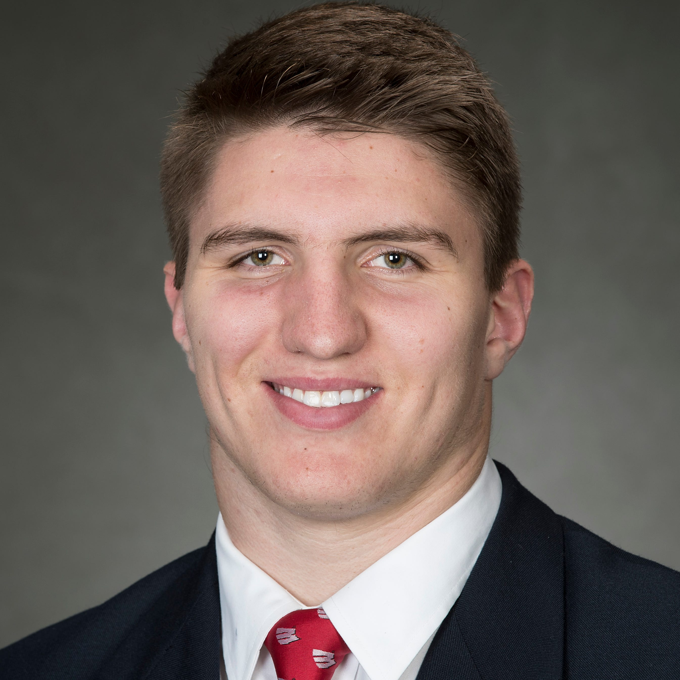 A quick learner, freshman linebacker Jack Sanborn could make his debut Saturday for UW