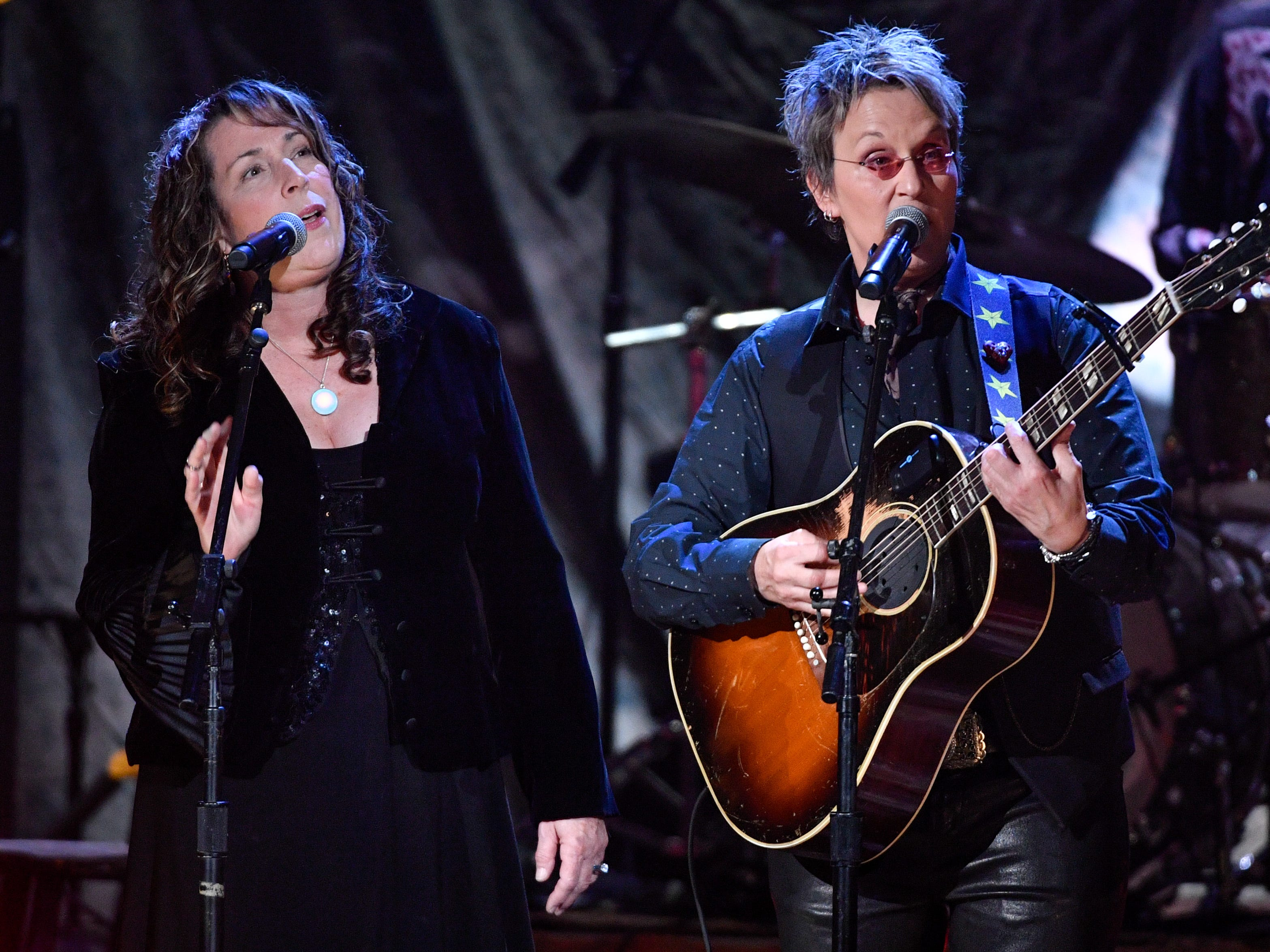 Beth Nielsen Chapman and Mary Gauthier perform during the 2018 Americana Honors and Awards show at the Ryman Auditorium in Nashville, Tenn., Wednesday, Sept. 12, 2018.