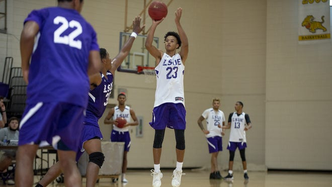 Kailen Thibodeaux is part of LSU Eunice's inaugural men's basketball team.