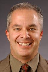 Photo of former Diamondbacks executive Bob Miller in 2005.