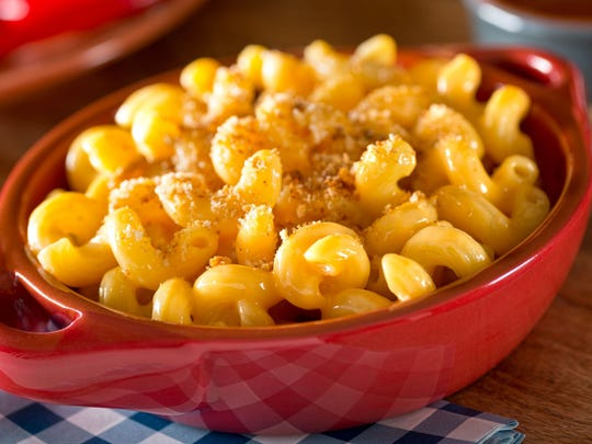 Mac and cheese makes for a great Thanksgiving side dish.