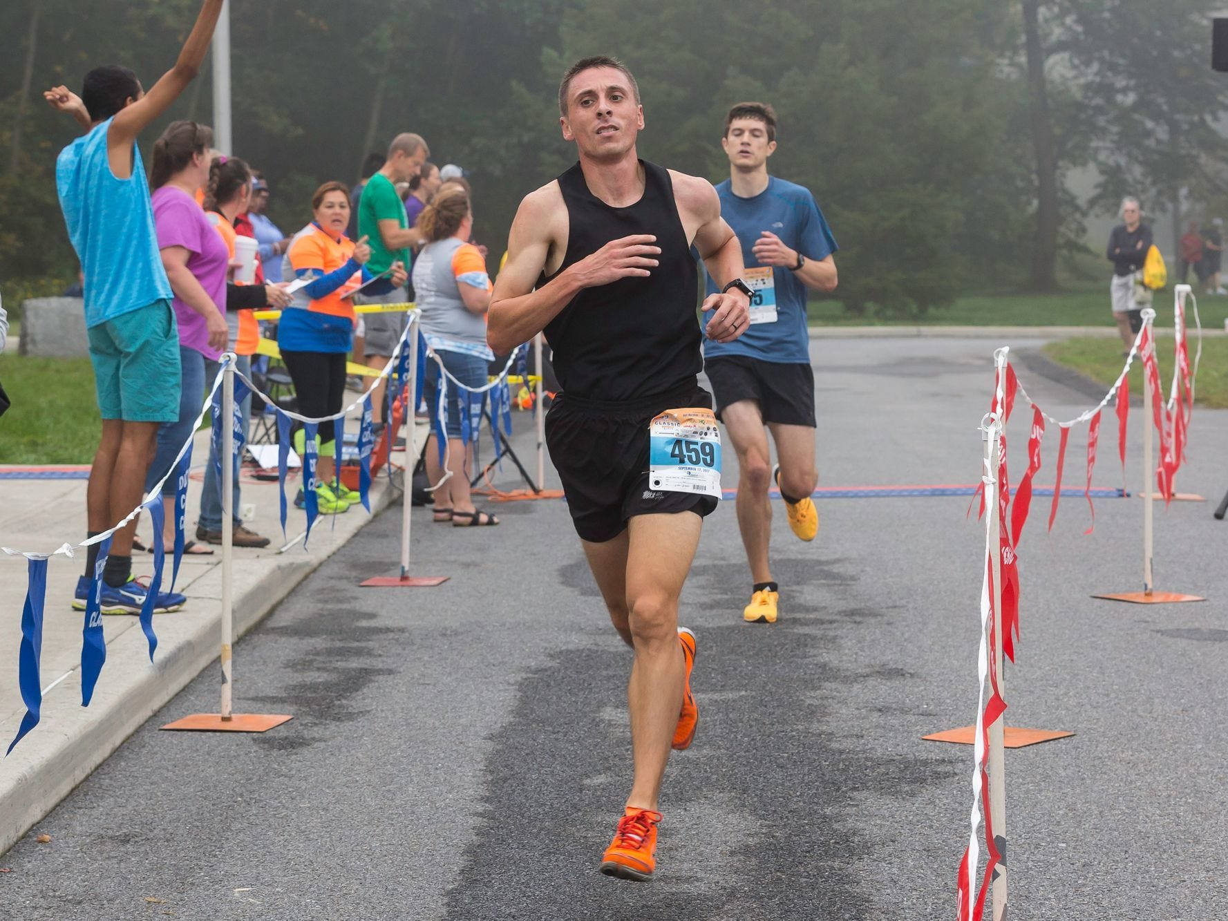 Men's 5K winner Jamie Stroffolino of Stormville repeats his title in the 39th annual Dutchess County Classic last September.