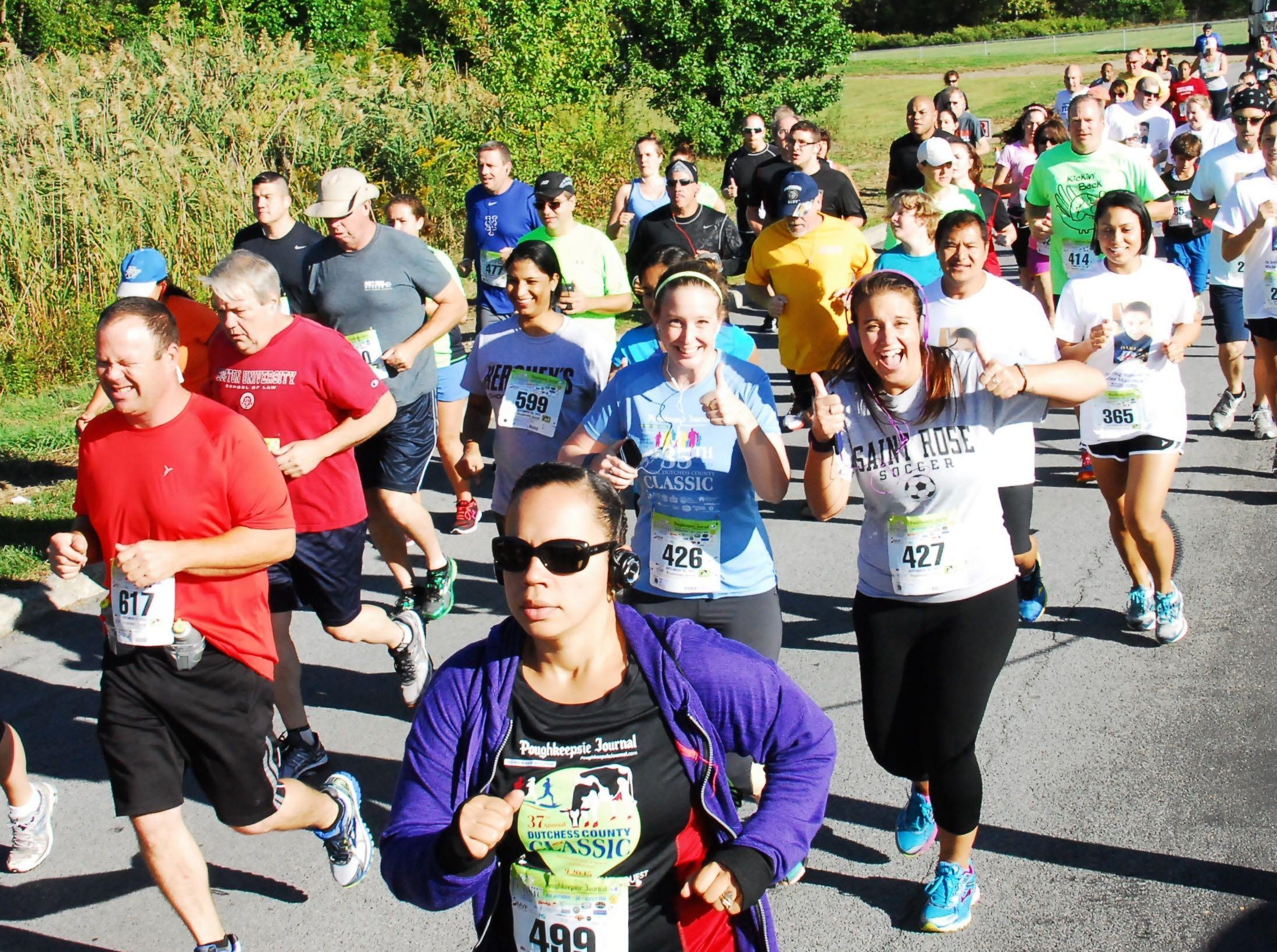 Runners take part in the 2015 Dutchess County Classic.