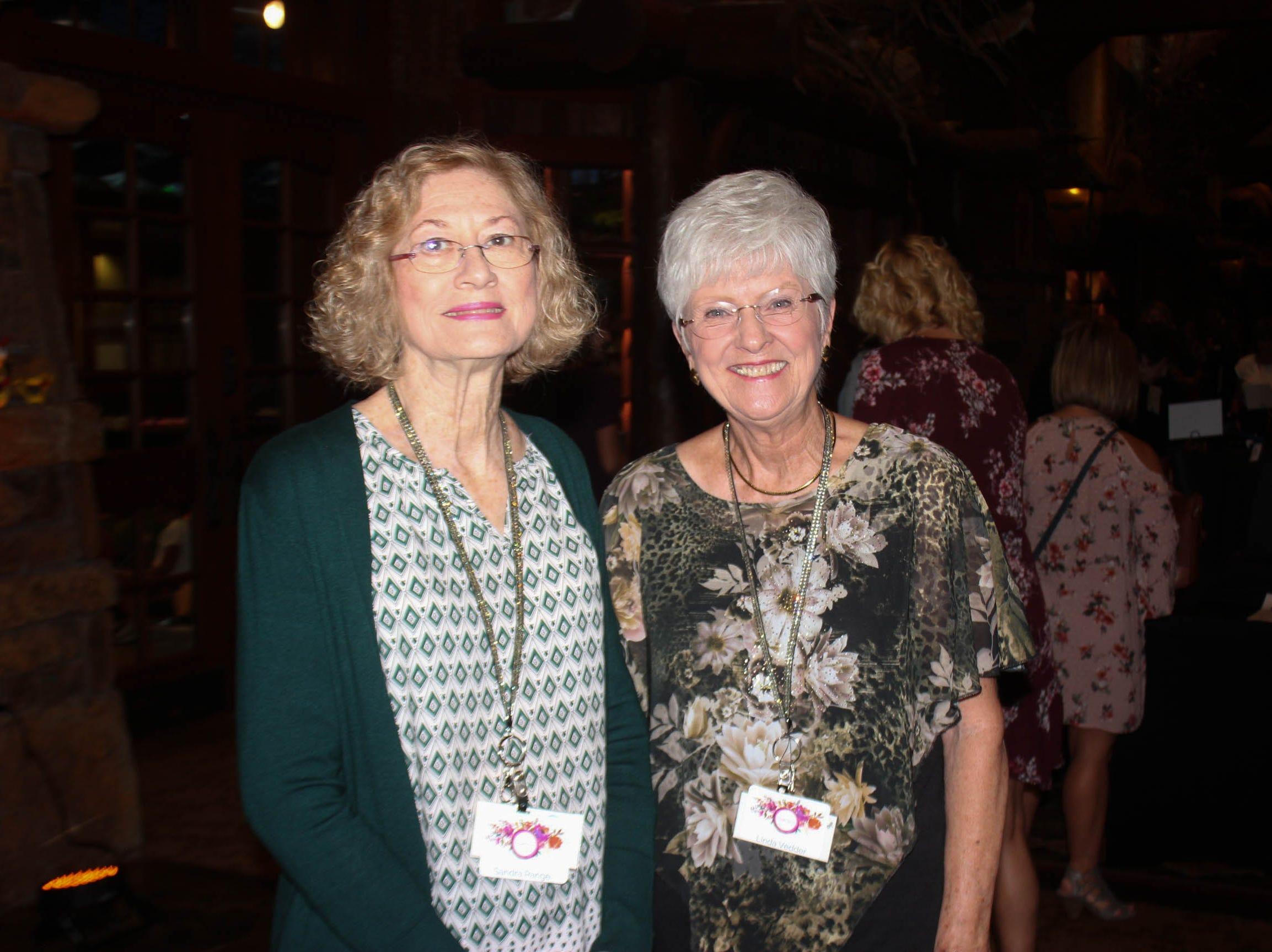 Sandra Range and Linda Vedder