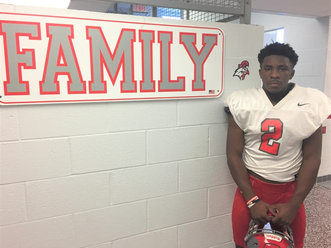 Vineland's De'Andre Tull-Kennedy found at home at VHS last year. Now, he's ready to get back on the football field after a leg injury sidelined him for two weeks.