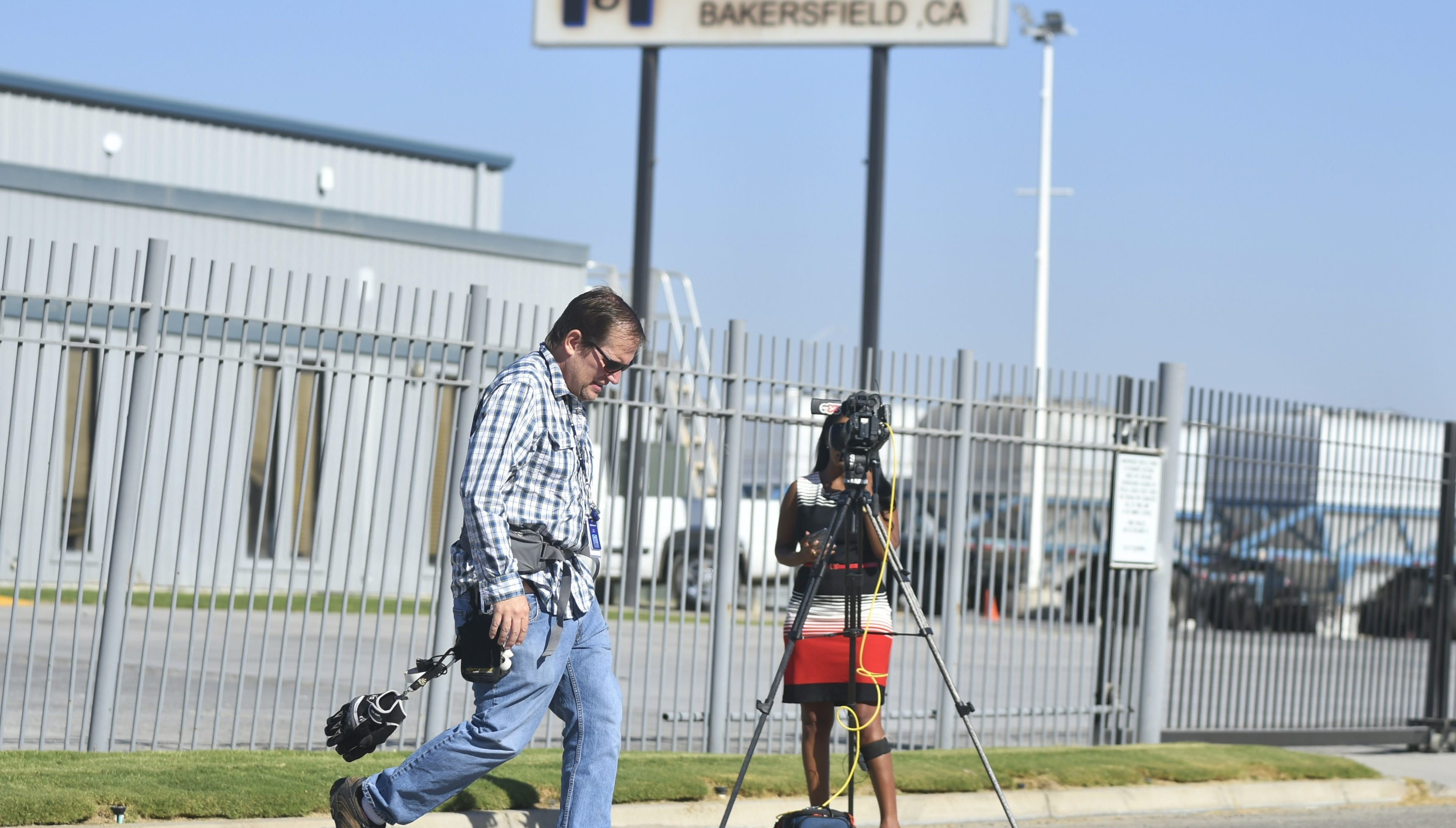 News outlets are working to uncover a Bakersfield shooting that left six dead, including the gunman. A press conference held by Kern County Sheriff's Department is planned for 11 a.m.