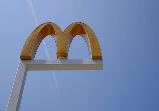 The logo of a McDonald's restaurant.