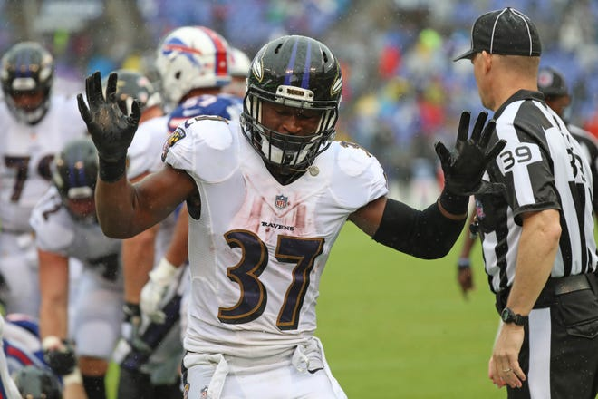Ravens running back Javorius Allen only totaled 32 yards from scrimmage in Week 1, but he had a rushing touchdown and five receptions.