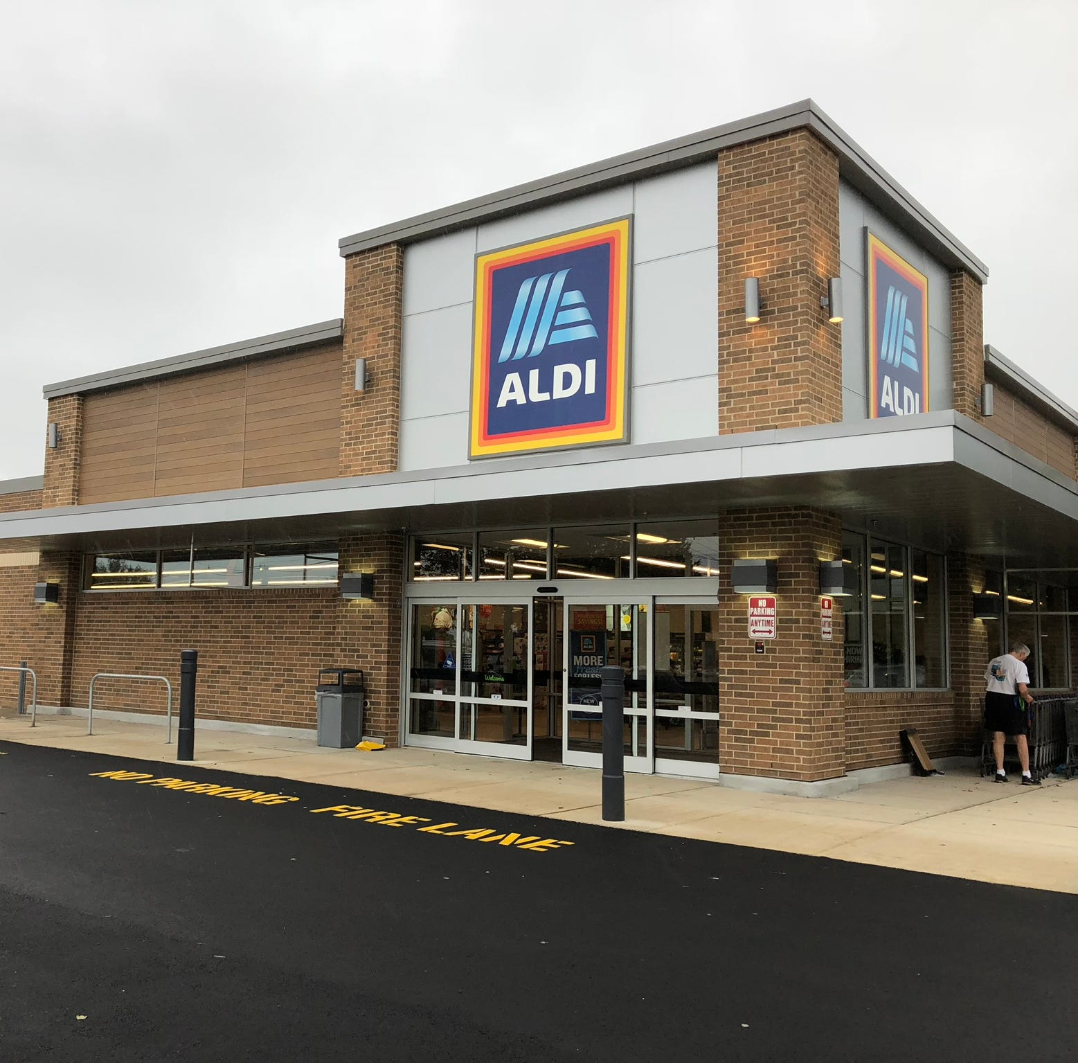Aldi store in West Long Branch has new look