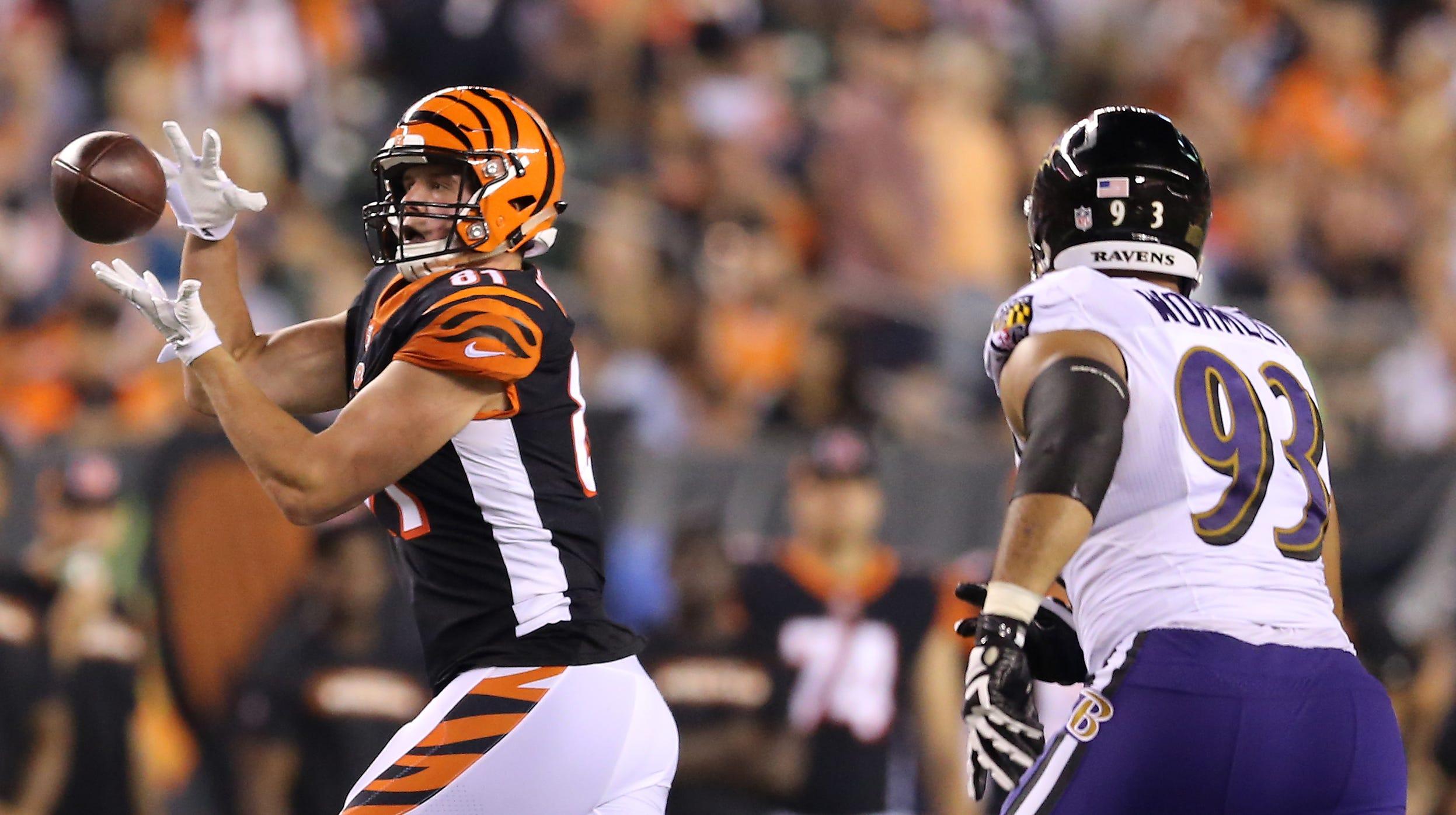Cincinnati Bengals tight end Tyler Kroft (81)...