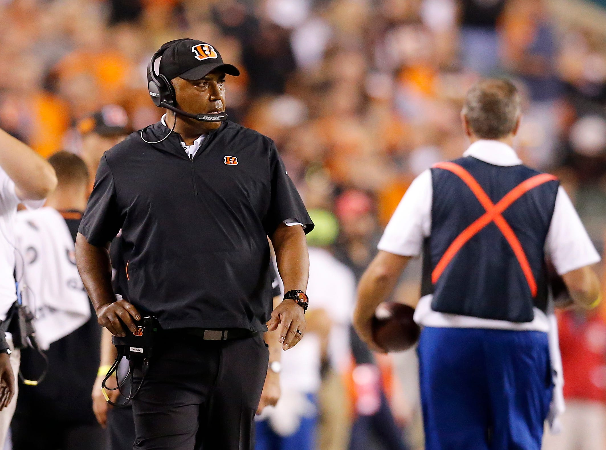 Cincinnati Bengals head coach Marvin Lewis paces the sideline in the second quarter of the NFL Week 2 game between the Cincinnati Bengals and the Baltimore Ravens at Paul Brown Stadium in downtown Cincinnati on Thursday, Sept. 13, 2018. The Bengals led 28-14 at halftime.