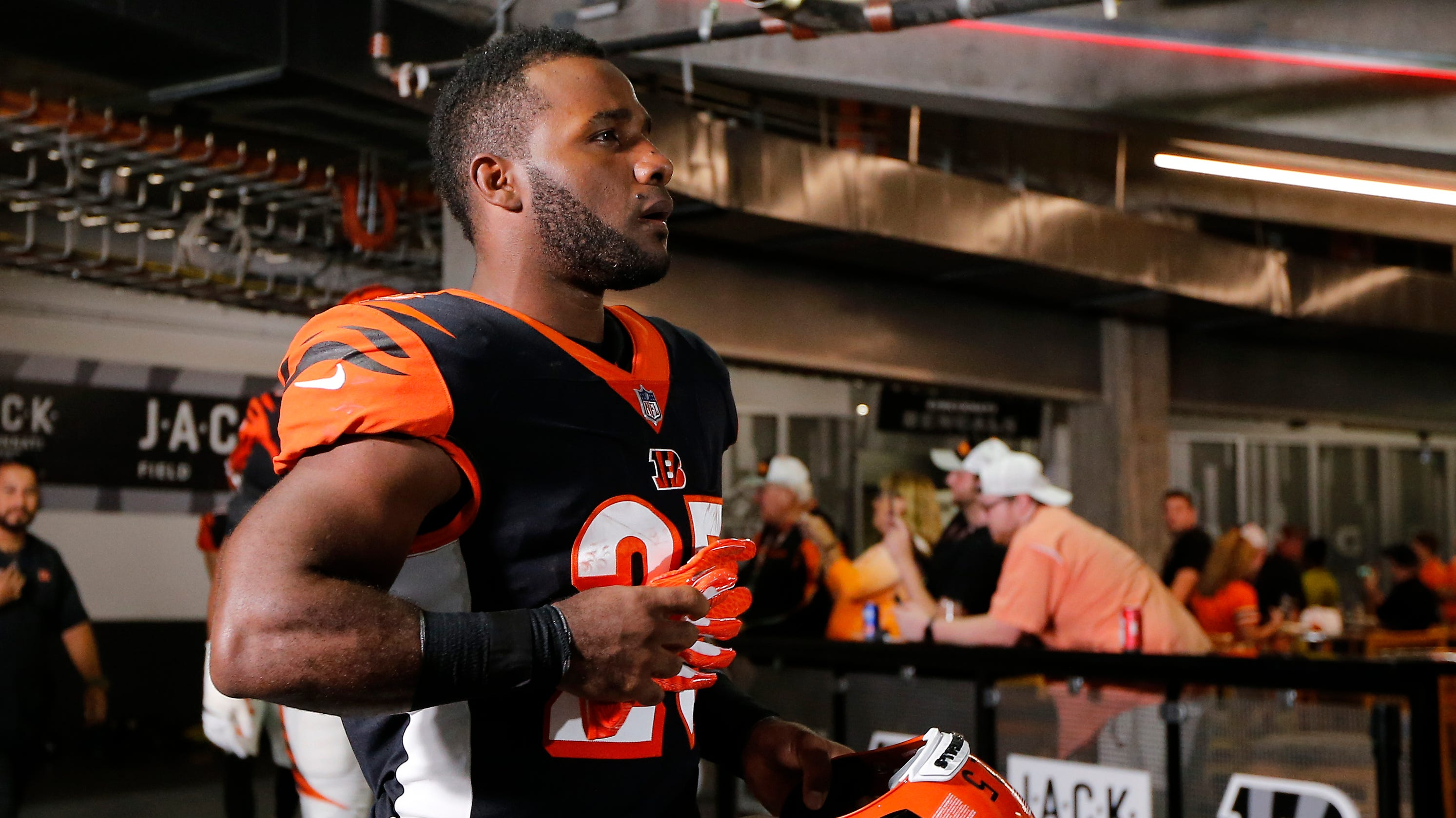 a1044af1 What you don't know about the Cincinnati Bengals' belief in RB Giovani  Bernard
