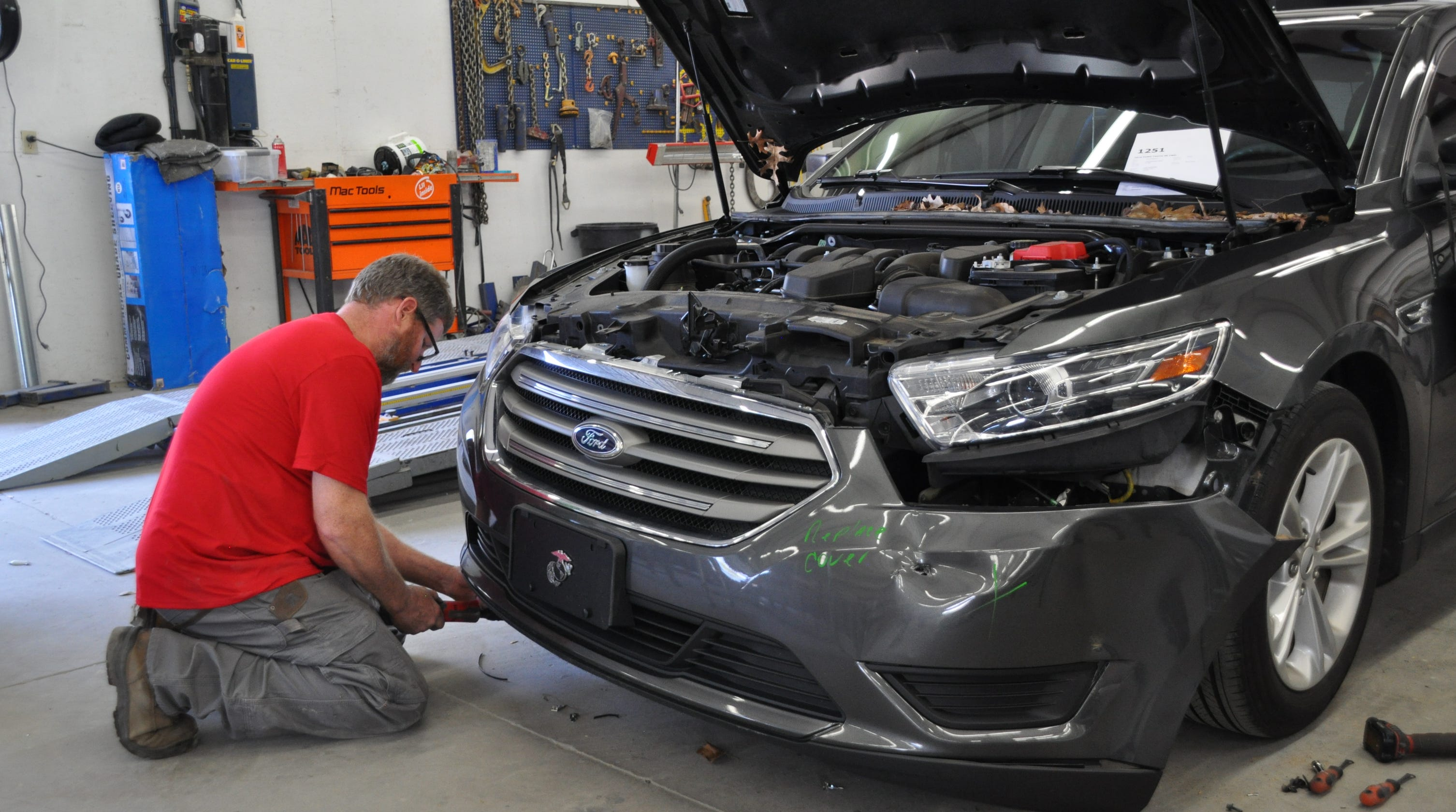 Car repair costs driven higher by high-tech features, new ...
