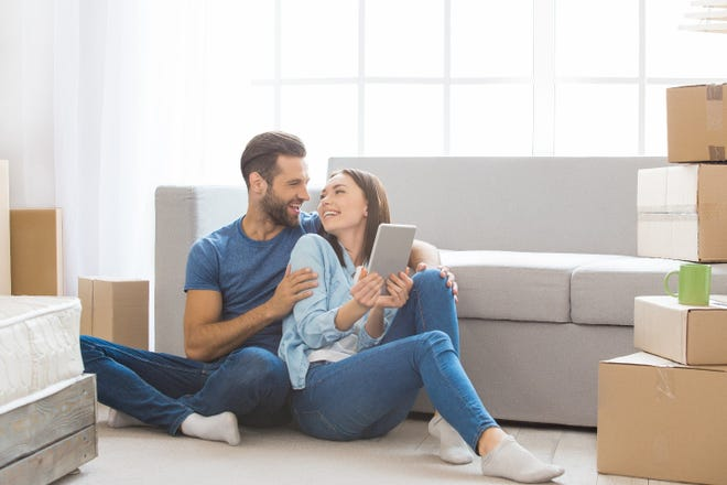 Thanks to a wide range of technology, homeowners can now design their homes through virtual consultations.