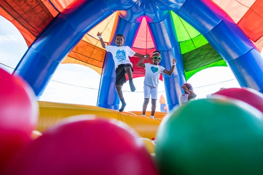 Big Bounce America: World's largest bouncy house heads to ...