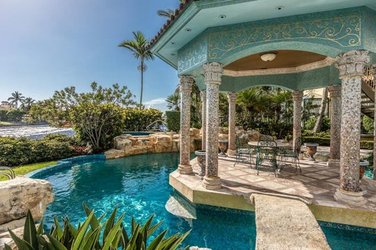 The palatial estate of Blockbuster Video creator, H. Wayne Huizenga, on the historic New River in Ft. Lauderdale, is on the market priced at $26.95 million.