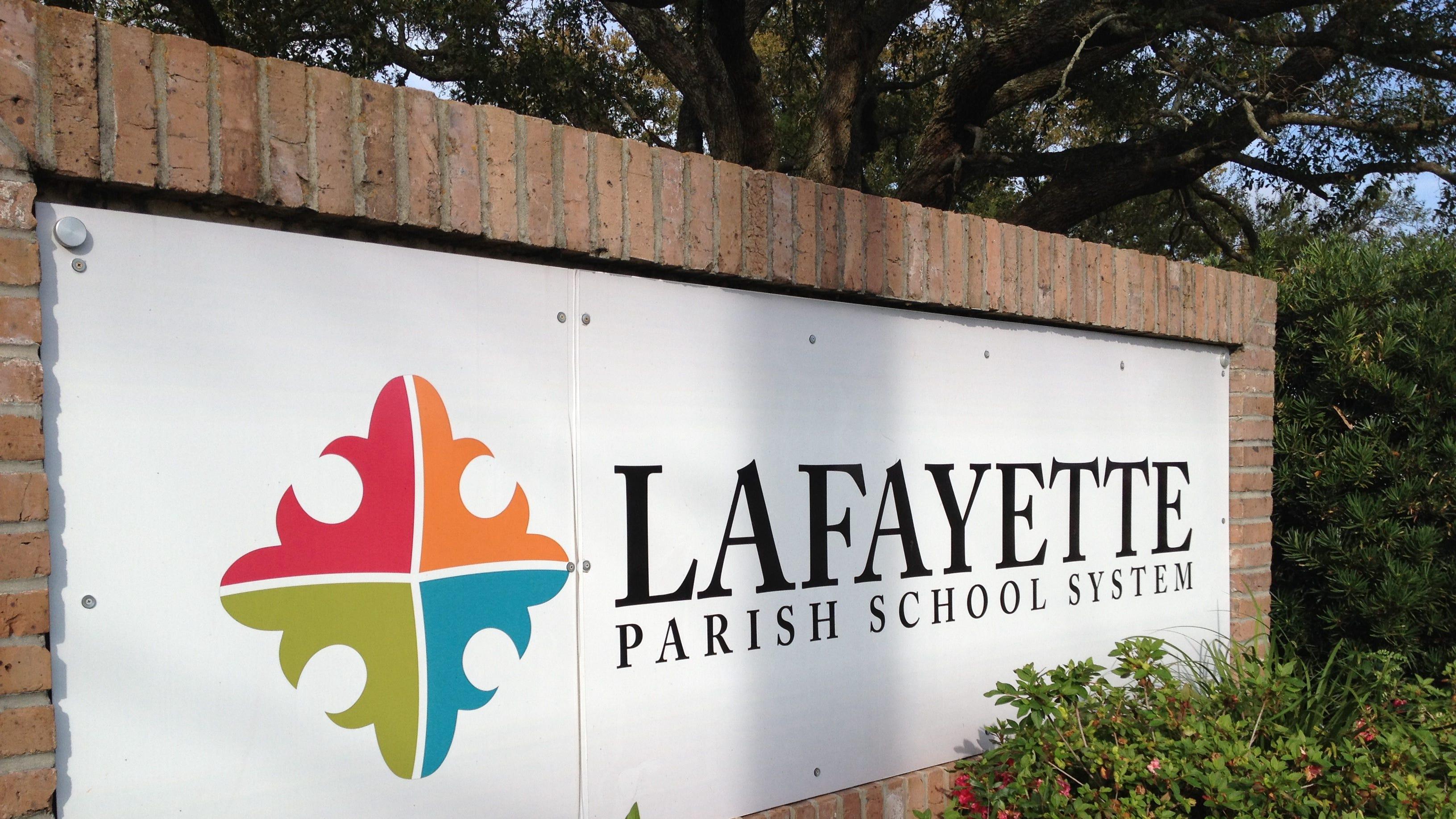 Smithsonian scientists to teach Lafayette Parish classes