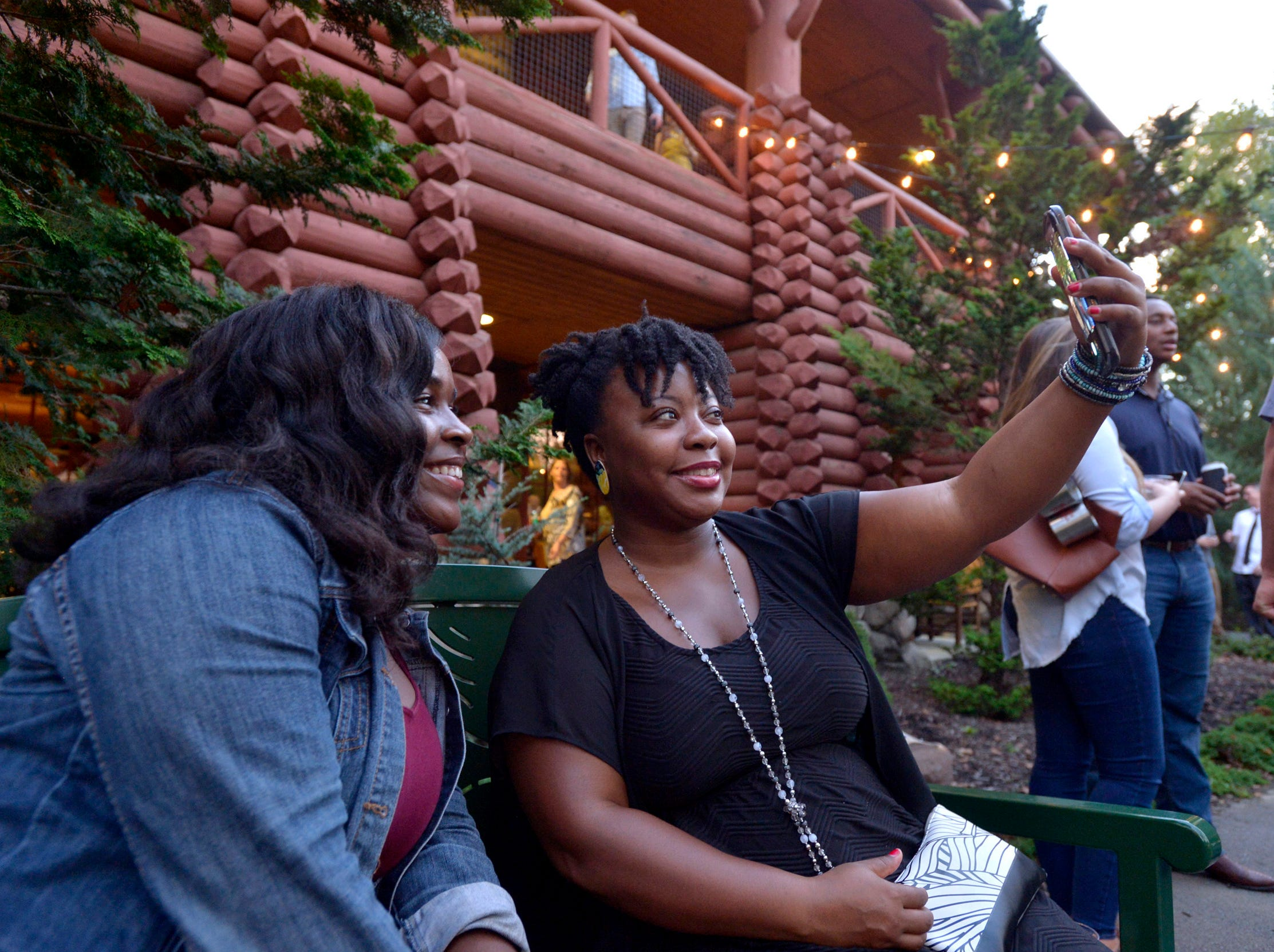 September 13, 2018 - Hannaan Ester, left, and Kapriskie Mack take a selfie during the 2018 Memphis Most awards party at Teton Trek in the Memphis Zoo. (Brandon Dill for The Commercial Appeal)