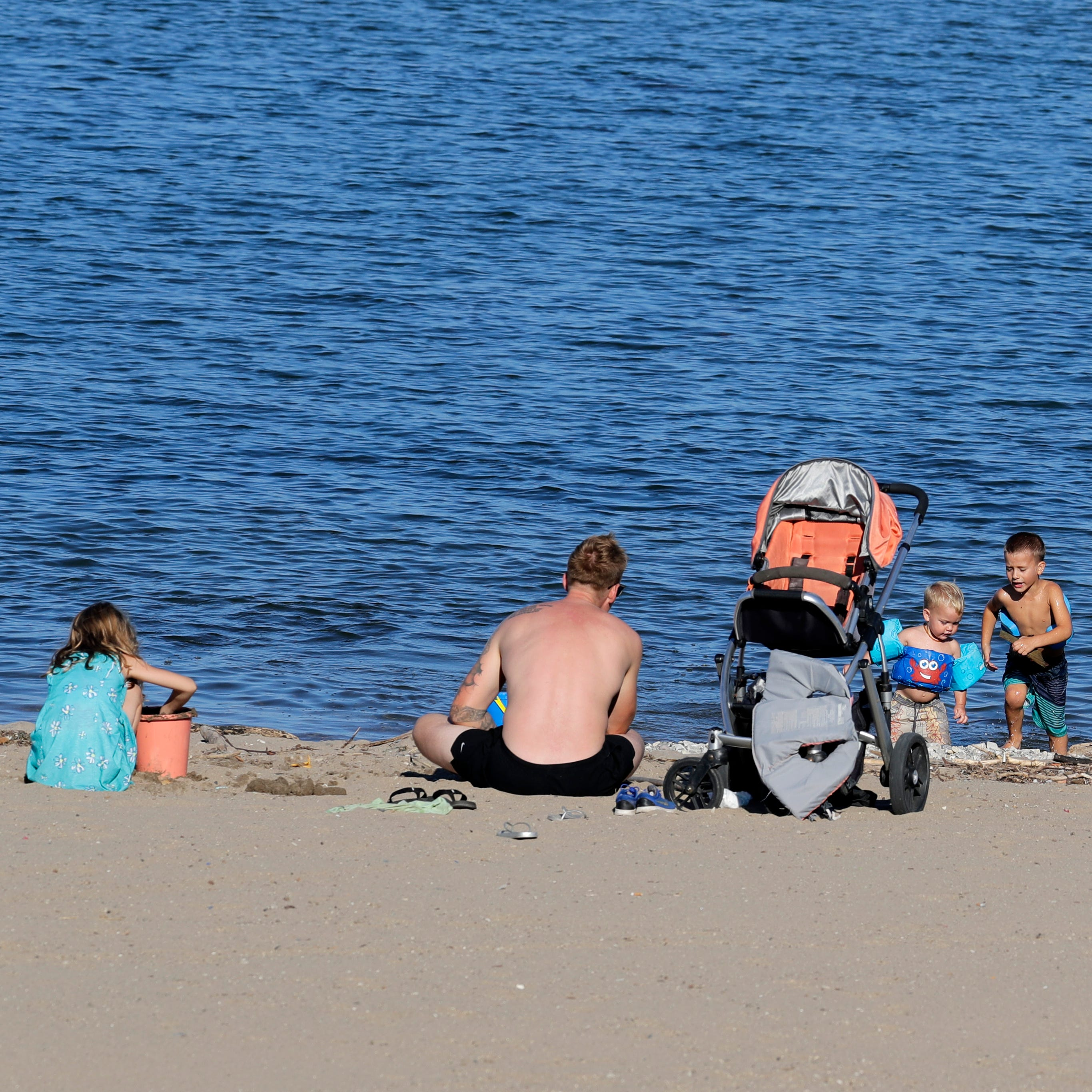 Entire South Shore Park beach to be moved to avoid E. coli and frequent closings
