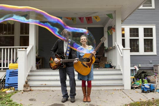 "The Weepies, the husband-and-wife duo of Steve Tannen and Deb Talan, will perform their original folk-pop songs at the Newton Theatre on Friday, Sept. 28.  The concert will include selections from their album ""Sirens,"" which was written and recorded while Talan was in recovery from treatment for cancer."