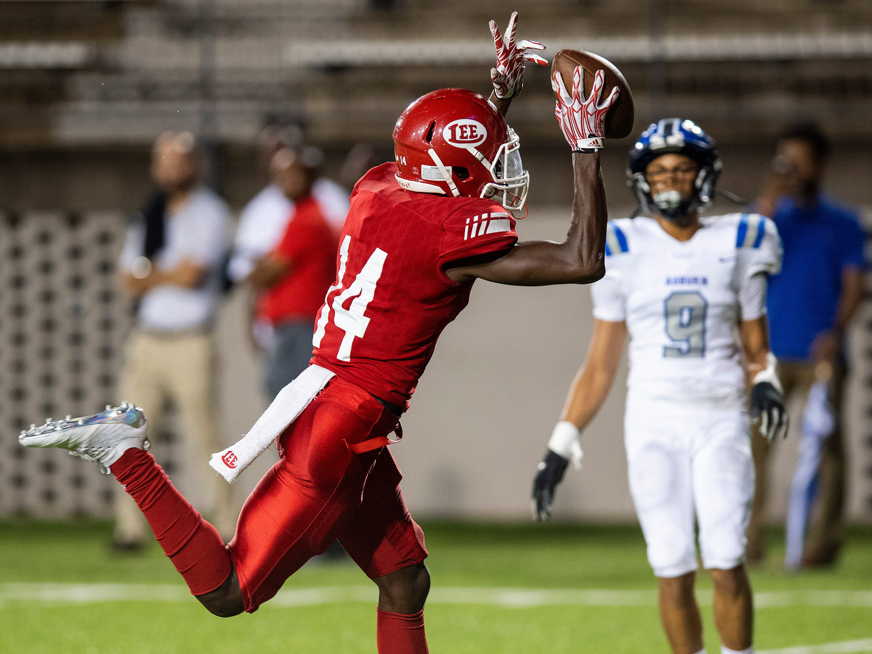 Lee receiver Frederick Scott, Jr., (14) scores a touchdown against Auburn in first half action at Cramton Bowl in Montgomery, Ala., on Thursday September 13, 2018.