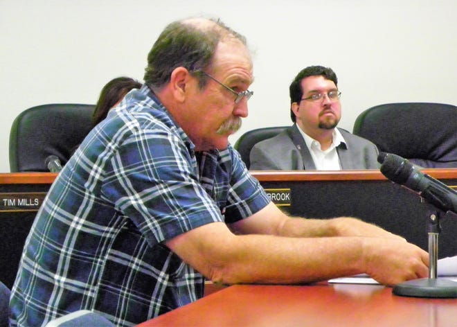 Otero County Road Foreman Tom Porter addresses the county commission about Coyote Canyon Road at the regular Otero County Commission meeting Thursday.