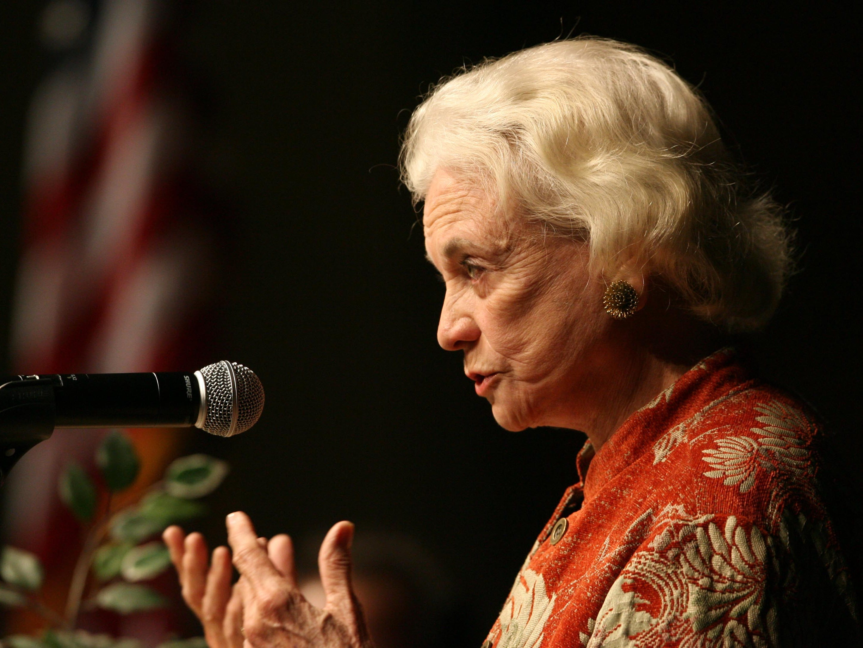 Court Justice Sandra Day O'Connor speaks to seniors at Sandra Day O'Connor High School in Glendale Tuesday March 6, 2007.