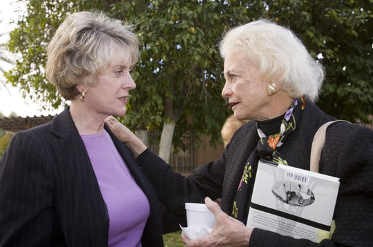 Arizona Supreme Court Chief Justice Ruth McGregor (left) talks to retired US Supreme Court Justice Sandra Day O'Connor before O'Connor spoke at the Kerr Cultural Center in Scottsdale on Feb. 1, 2006.