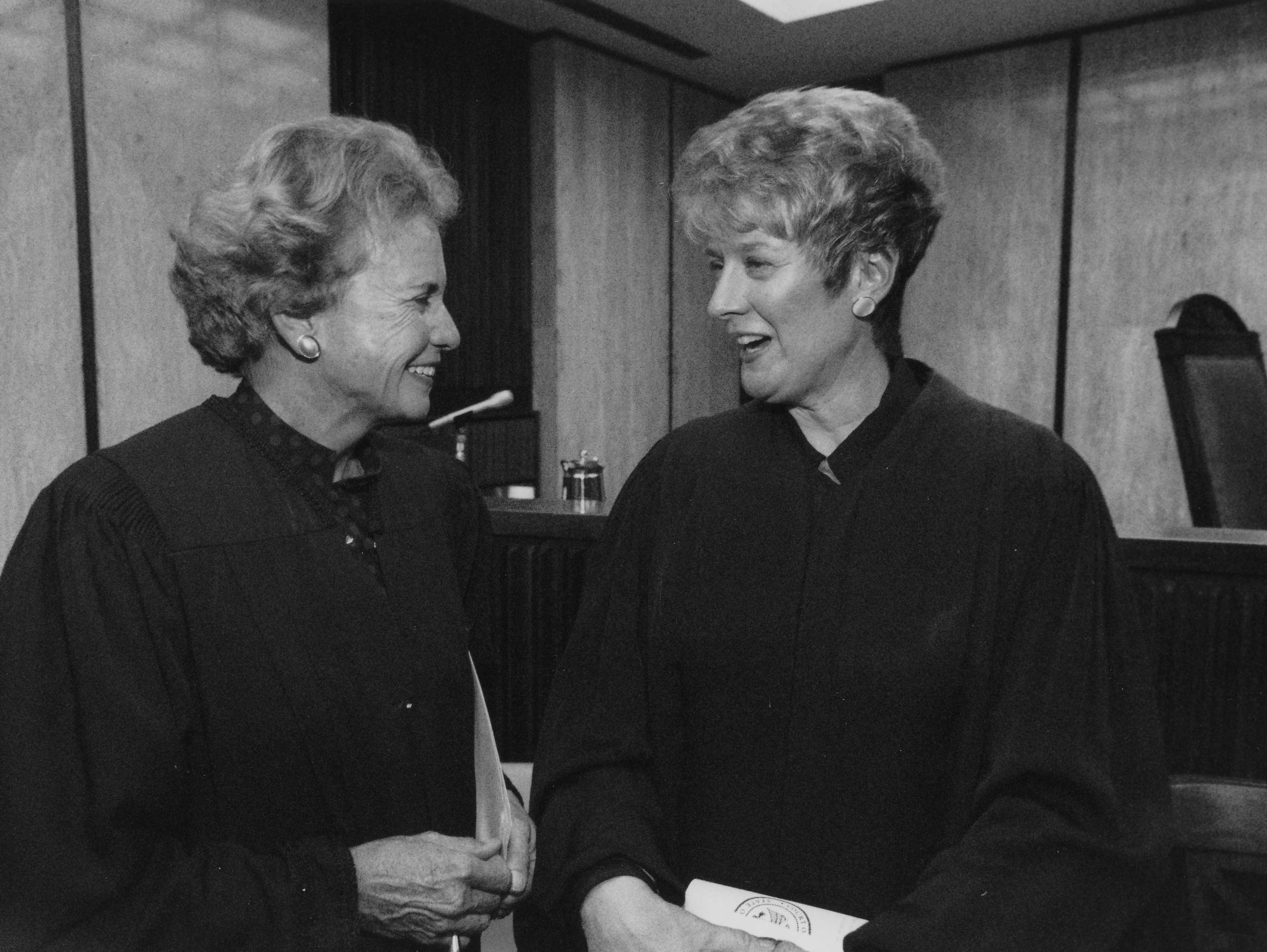 Sandra Day O'Connor and Ruth McGregor on Dec. 29, 1989.