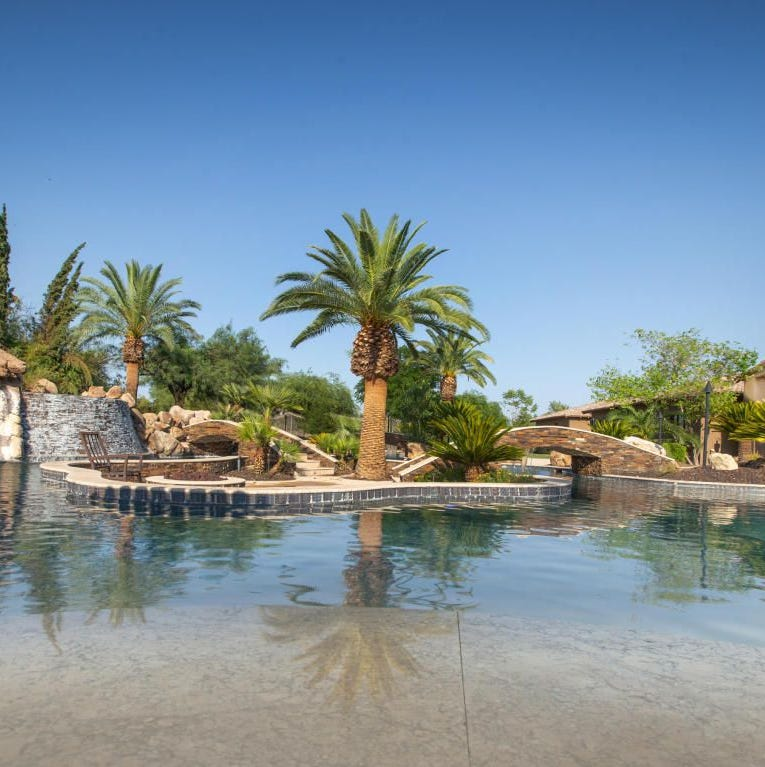 Arizona Cardinals' Larry Fitzgerald sells Paradise Valley mansion to N.Y. Yankees' Aaron Hicks