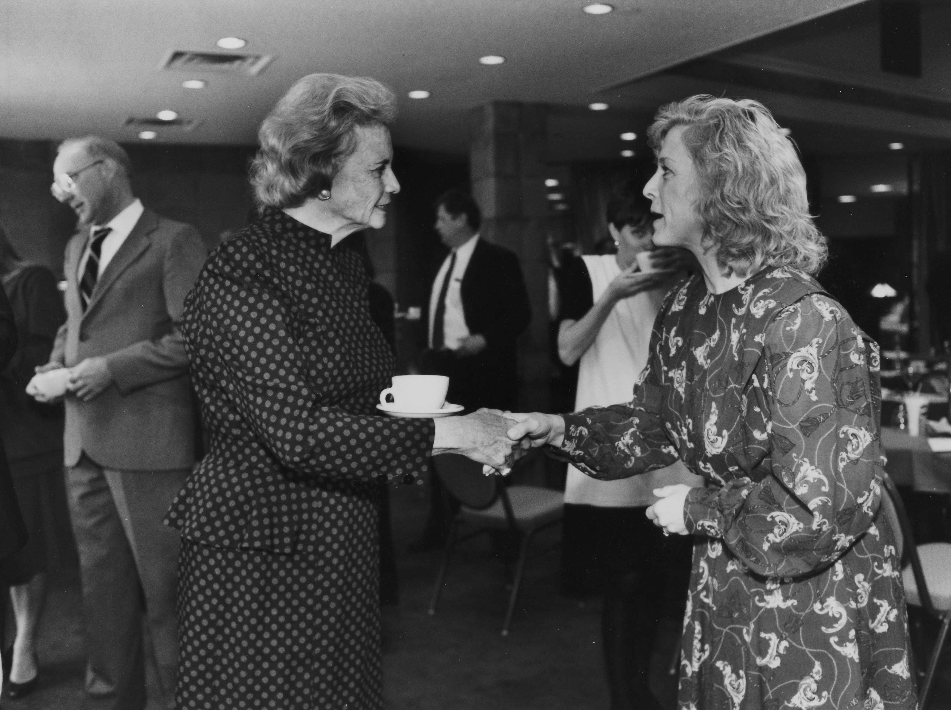 Sandra Day O'Connor meets Tucson attorney Constance Trecartin at the State Bar luncheon on Feb. 6, 1992.
