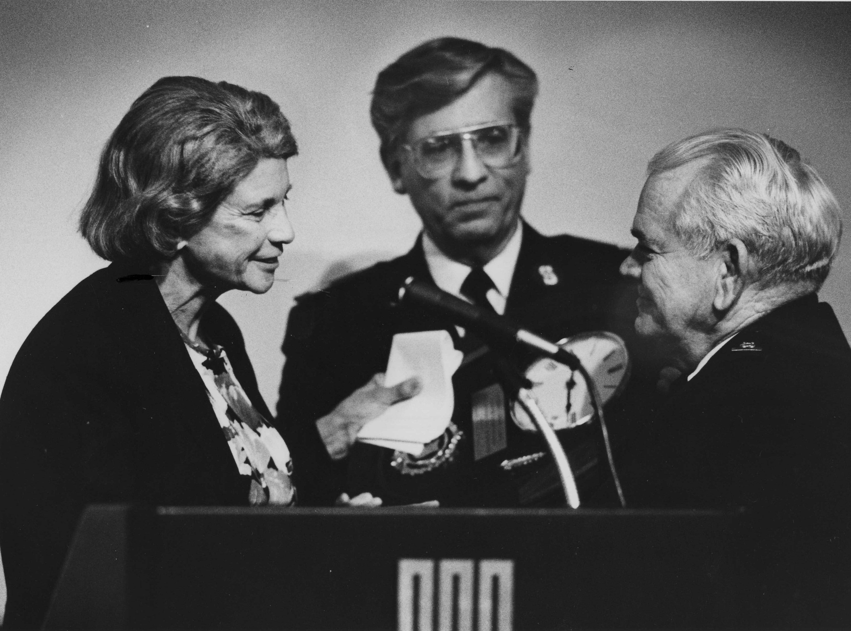 United States Supreme Court Justice Sandra Day O'Connor presented an award to Chuck Lakin at the Salvation Army awards dinner on May 15, 1989.
