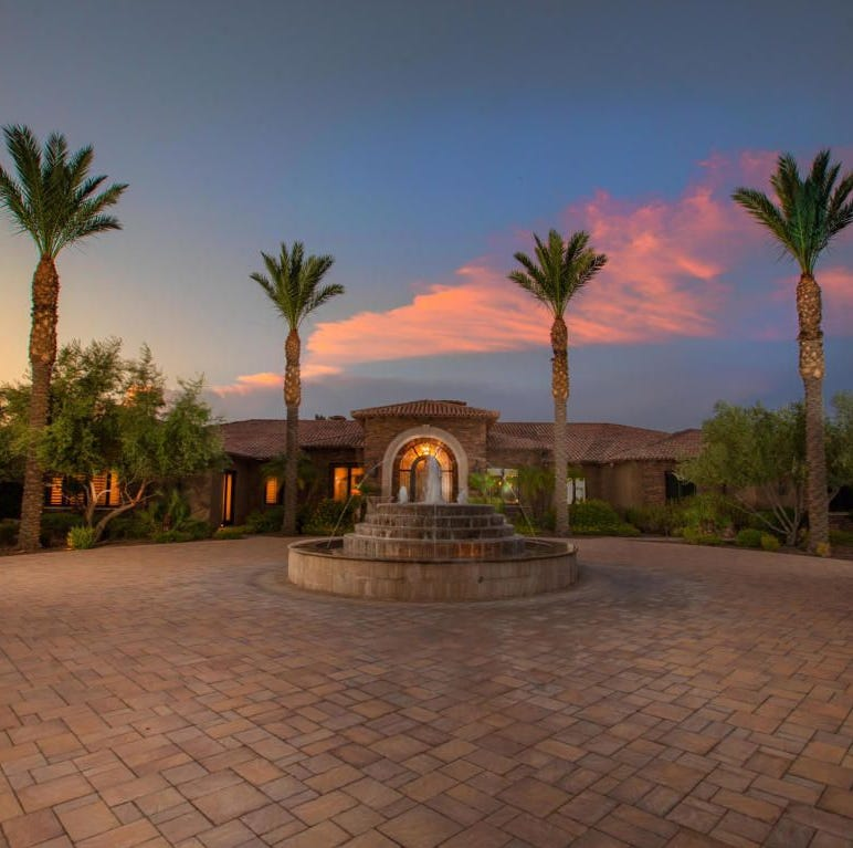 Arizona Cardinals star Larry Fitzgerald sells $4.65M Paradise Valley mansion