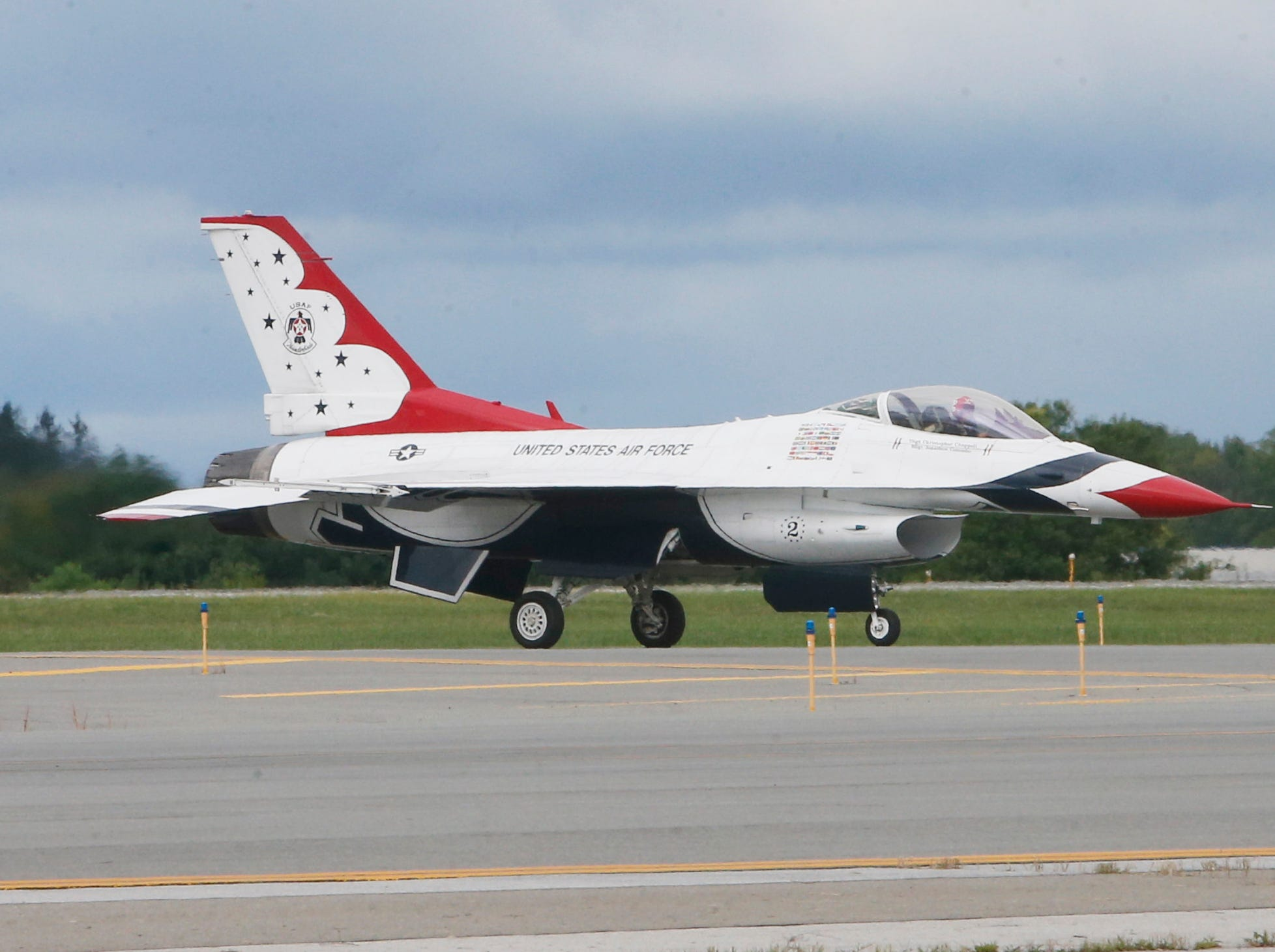 A F16 fighting falcon of the USAF Thunderbirds taxis on a runway at Stewart Air Force Base in Newburgh on Sept 13, 2018.