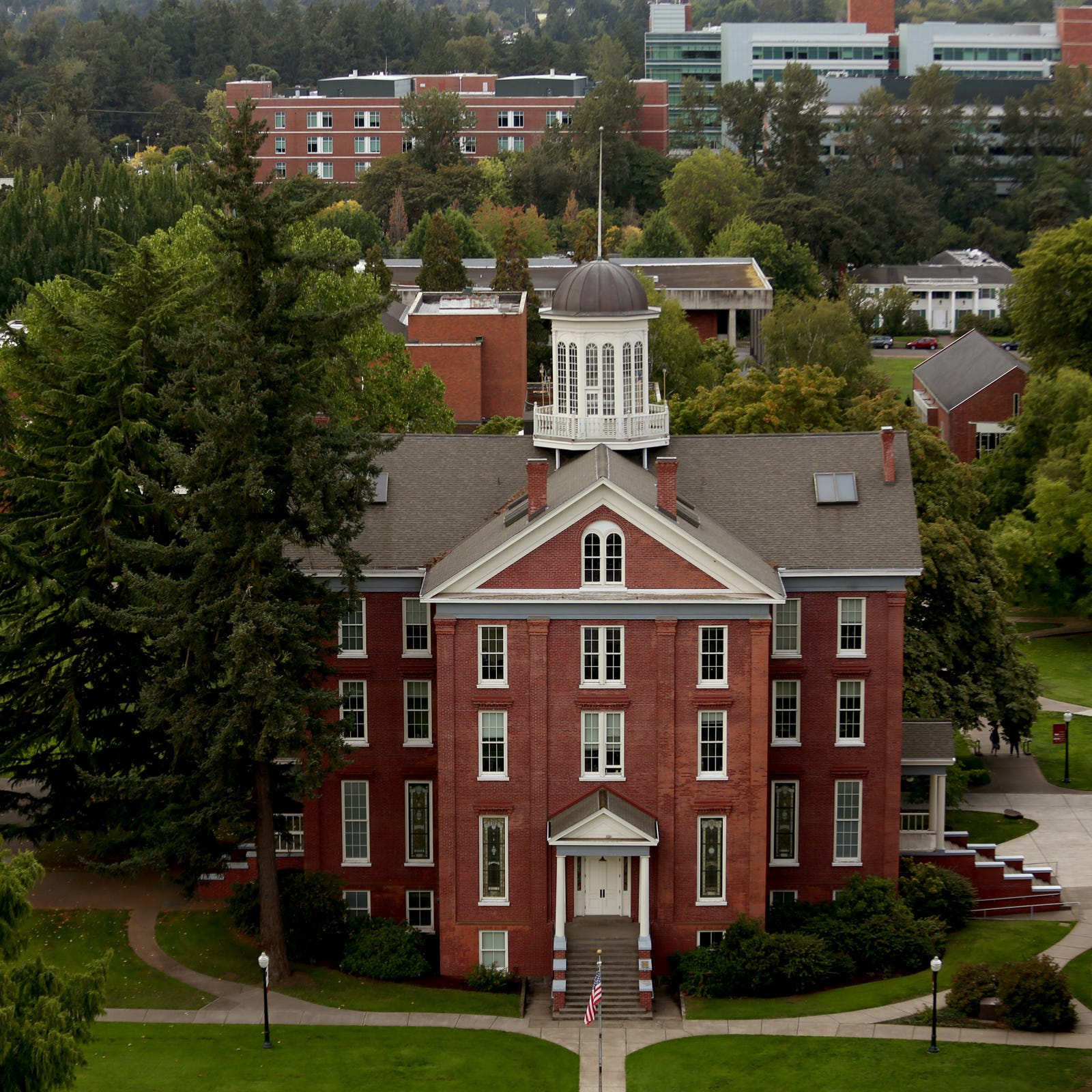 Willamette University revenue slump puts pressure on endowment fund