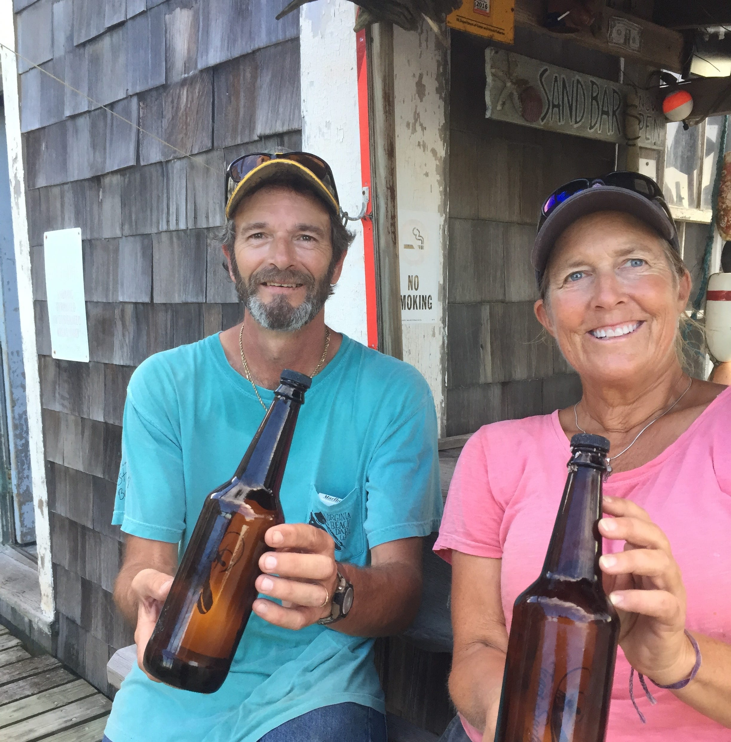 Message in a bottle memorializes quadriplegic surfer