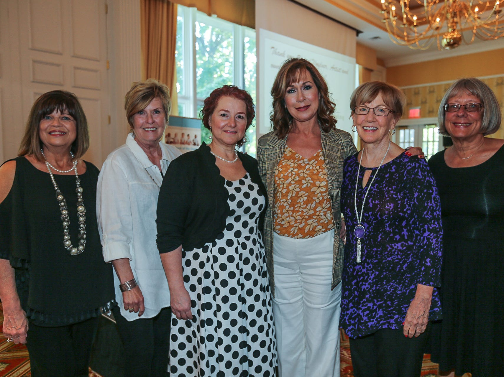 Donna Kinney, Kathy Luna, Michelle Matula, Sonya Wise, Jan Derington, and Sue VanAntwerp