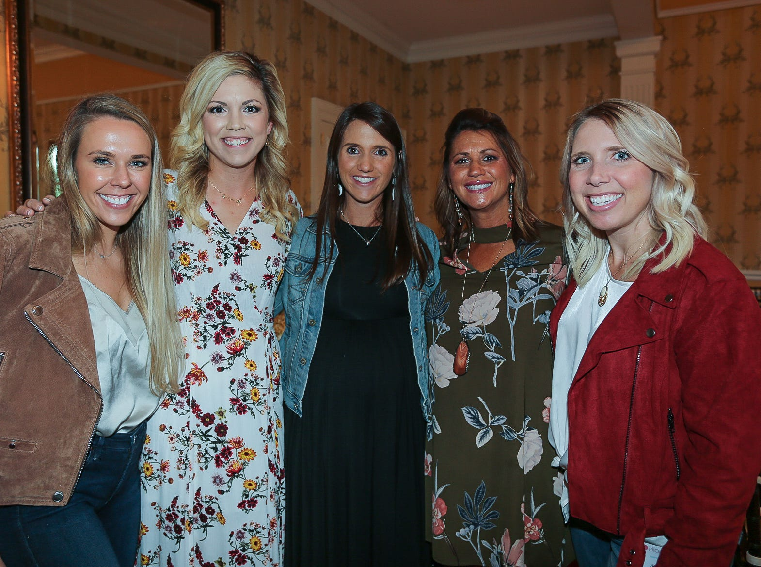 Annie Farris, Ashley O'Sullivan, Katie Riley, Lindsey Sadler, and Amy Henson