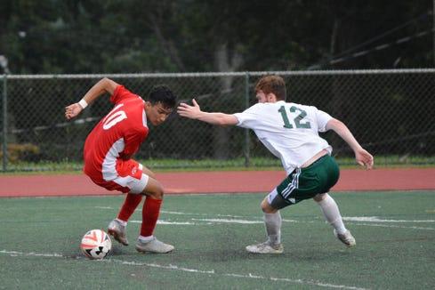 Tappan Zee beat visiting Yorktown 2-0 in a battle of unbeatens on Sept. 13, 2018.